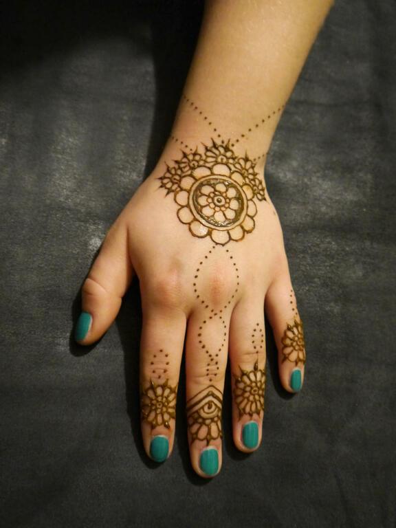 henna design medium hennakunst